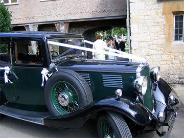 Samochody do ślubu - limuzyny do ślubu, retro pojazdy na ślub, transport gości, auta do ślubu