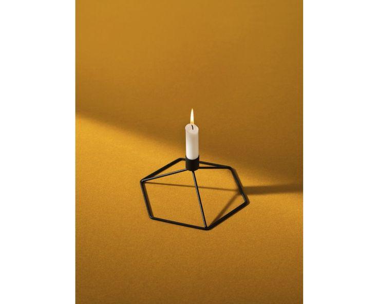 POV Tischkerzenhalter - weiß von Menu im Danish Design