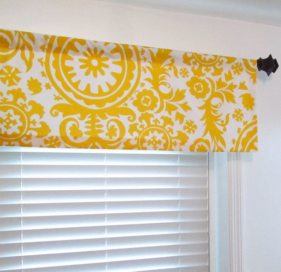 les 25 meilleures id es de la cat gorie cantonni res de fen tres sur pinterest traitements de. Black Bedroom Furniture Sets. Home Design Ideas