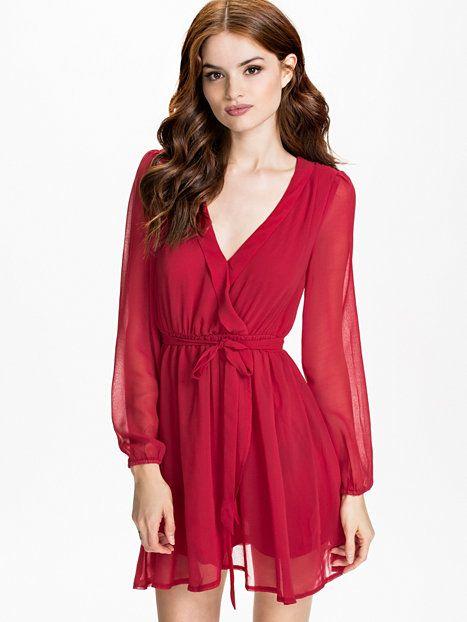 Wrapped Dress - Nly Trend - Czerwony - Sukienki Wieczorowe - Odziez - Kobieta - Nelly.com