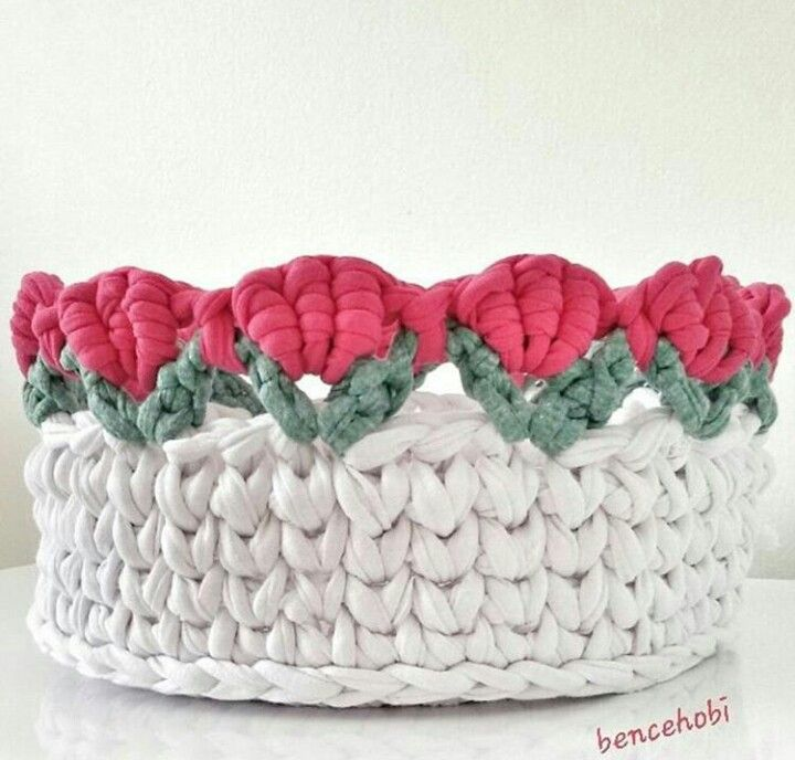 Crochet flowered basket