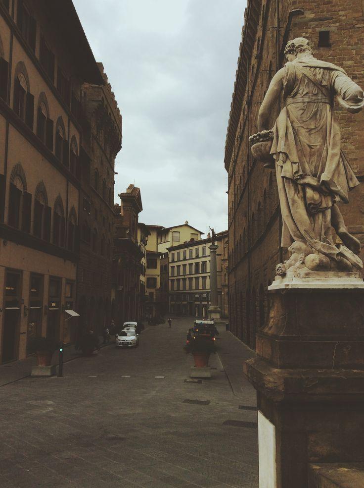 Streets of #florence #santatrinità