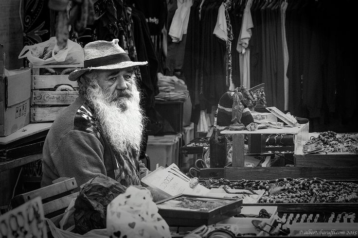 Old seller by Alberto Baruffi on 500px