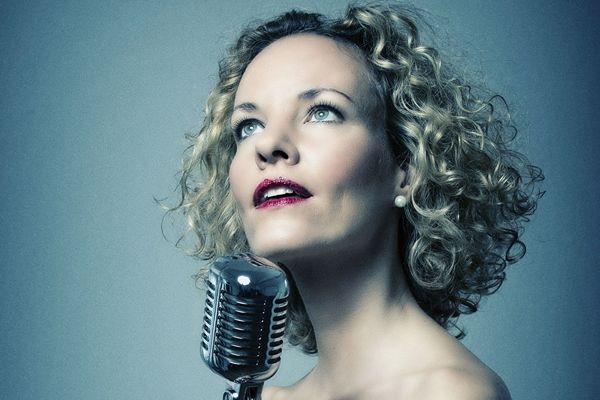 """SoapGespräche: """"Sturm der Liebe"""": Melanie Wiegmann kommt am 16. August 2012 als Sängerin Natascha Schweitzer in den """"Fürstenhof"""""""