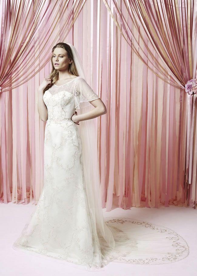 247 best Wedding dress ideas images on Pinterest | Wedding frocks ...