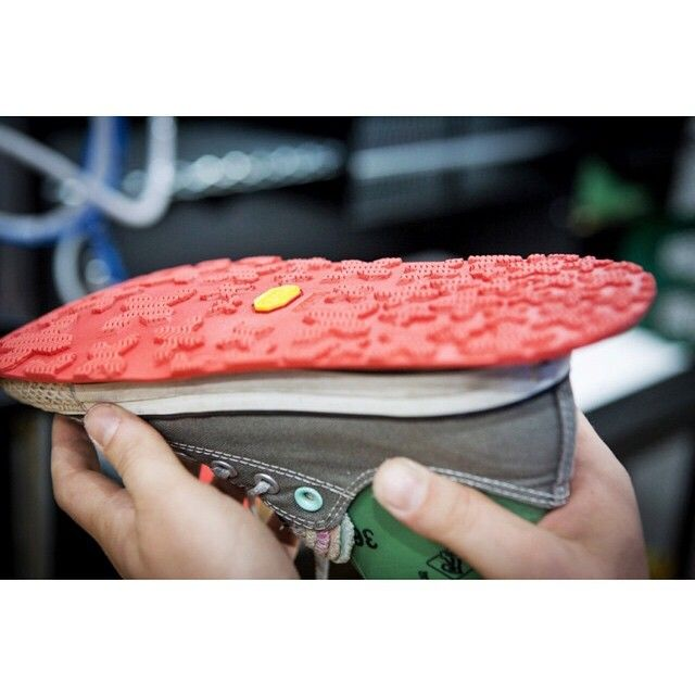 Did you know that Vibram Sole Factor only uses eco-friendly water-based glue?#VibramSoleFactor #shoes #sneakers #instacool #customize