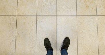Járólapot szeretnél a nappliba, de az túl hideg lenne? Nálunk van megoldás! 😊 Kő hatású laminált padló.👌🏻😍 #drpadlo #laminaltpadlo #imádjuk❤️😜 | SnapWidget