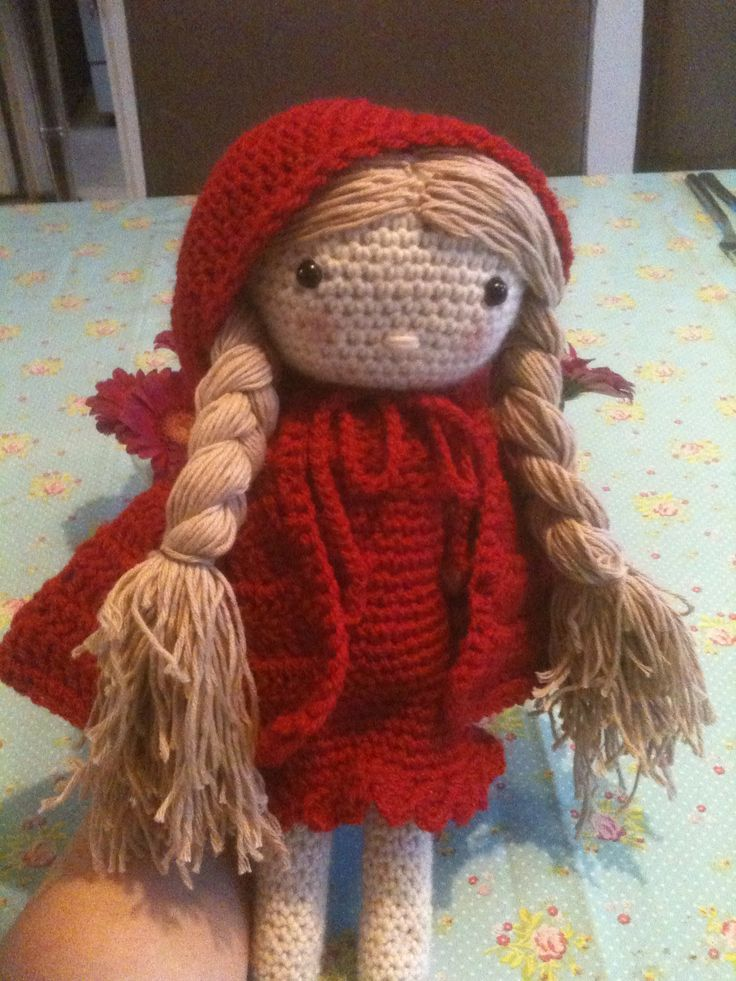Roodkapje mijn gehaakte pop. My crochet doll little red riding hood. Annemarie Evers/ mani di Anne