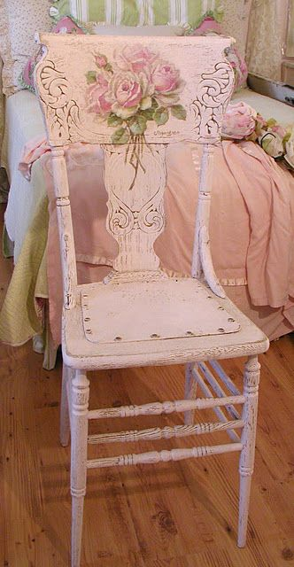 really love this chair! antique spindle, with pink paint, rose decal & gold accents ~sigh~