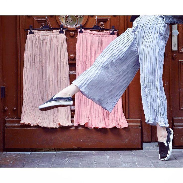Kick out the jams  pleated trousers in pastel colours szputnyikshop pants ballet dance