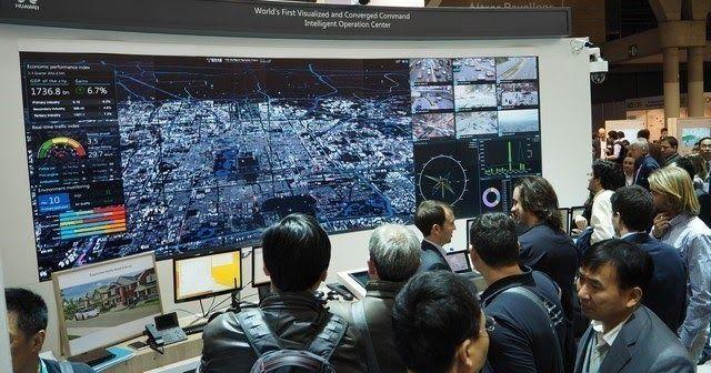 http://ift.tt/2fdjkJ1 http://ift.tt/2g45YMA  La compañía apuesta por la construcción de plataformas abiertas para potenciar los ecosistemas inteligentes.  BARCELONA Noviembre de 2016 /PRNewswire/ - Huawei ha mostrado su estrategia para el desarrollo de ciudades inteligentes durante el Smart City Expo World Congress (SCEWC) que se celebra esta semana en Barcelona. En este sentido la estrategia de la compañía se centra en proporcionar tecnologías cloud-pipe-device a gobiernos e industrias con…