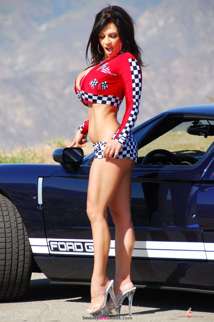 Sexy nude babes and cars