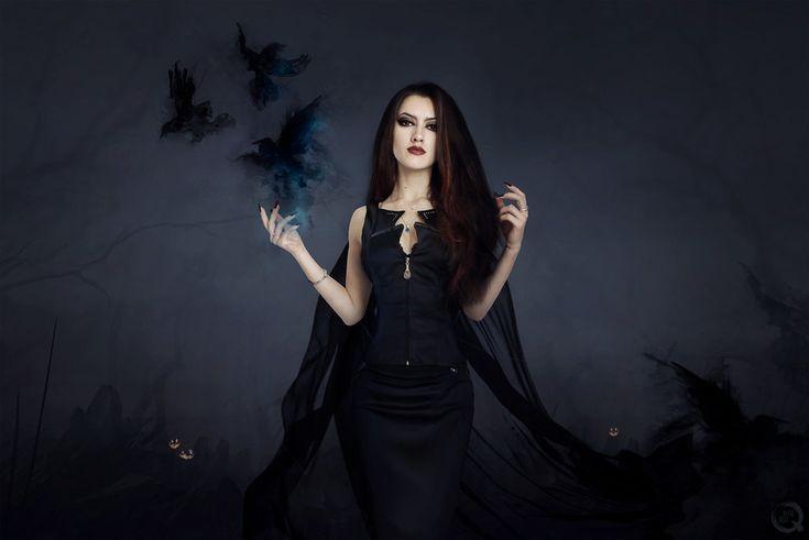 Halloween mood... by EL-LY