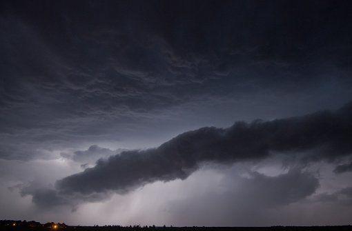 Im Süden von Baden-Württemberg haben sich in der Nacht zum Sonntag Unwetter entladen. (Symbolfoto) Foto: dpa