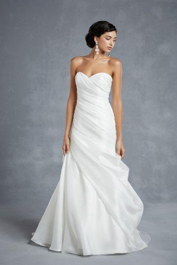 Schlichte Brautkleider 2015                                                                                                                                                      Mehr