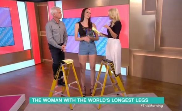 Holly and Phillip branded PATRONISING for using LADDERS for World's Longest Legs chat - https://buzznews.co.uk/holly-and-phillip-branded-patronising-for-using-ladders-for-worlds-longest-legs-chat -