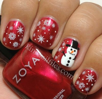 Holiday Nail Art Designs http://beautyunboxed.com/post/38988994411/best-holiday-and-new-years-nail-art-designs