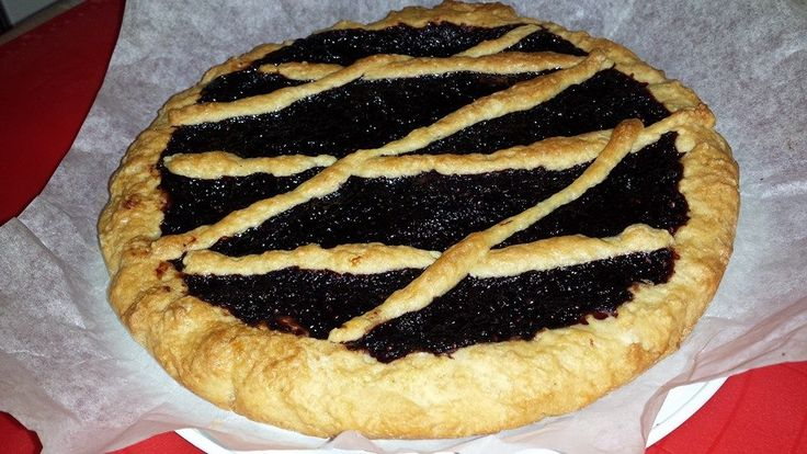 Veg crostata alla marmellata di more di gelso Veg tart with jam mulberry