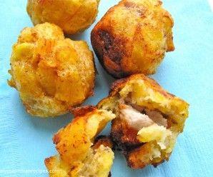 Marranitas o Puerquitas (Plantain and Pork Fritters)|mycolombianrecipes.com
