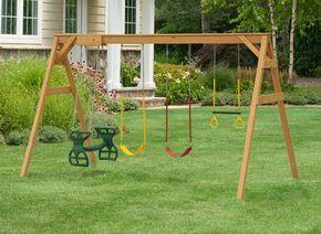 La construcción de un columpio de madera para sus hijos es una gran manera de proporcionarles una actividad divertida al tiempo que su patio trasero un her