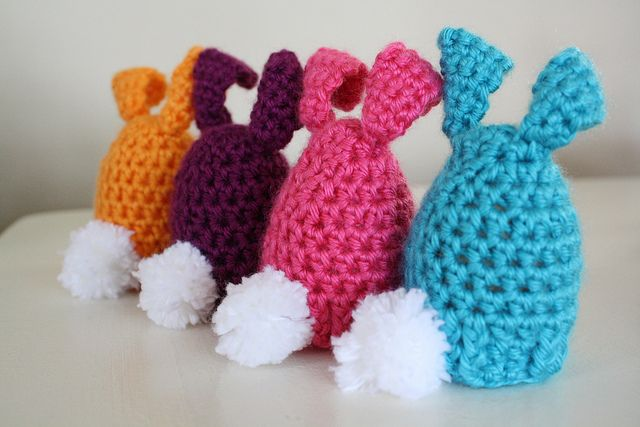 FREE CROCHET PATTERN for Egg Cozy for Easter- you could easily turn this into a stuffed bunny too!