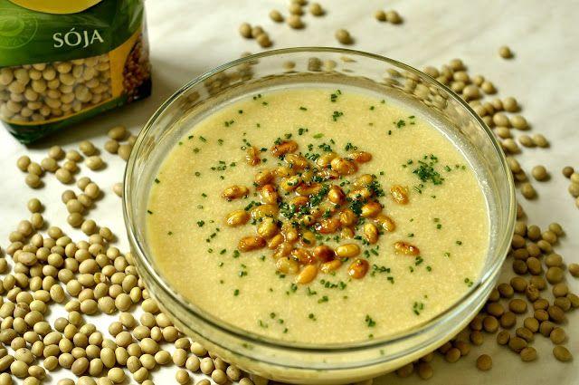 VegeGuláš: Krémová sójová polievka