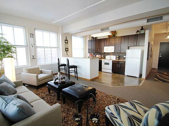 Grand Boulevard Lofts Loft Apartment Rental Apartments Apartment