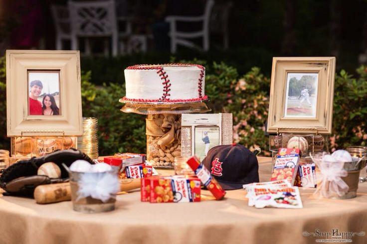 Grooms table. Baseball theme. ❤️