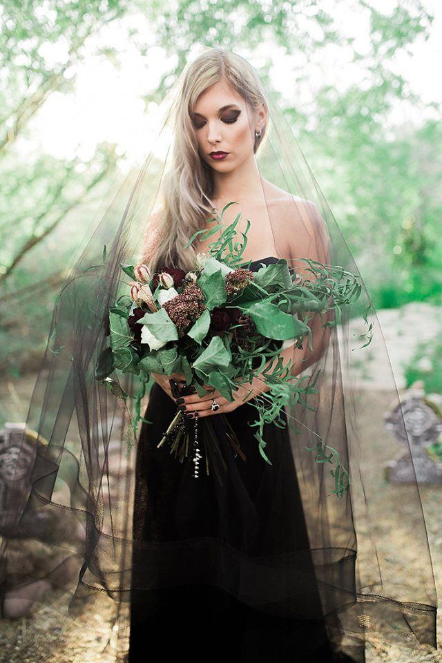 Halloween Wedding Inspiration | Photos by Ashley Rae
