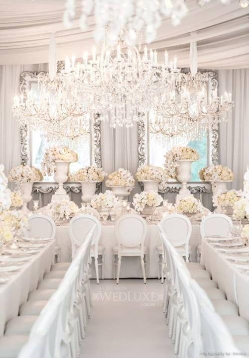 Une décoration de mariage tout en blanc