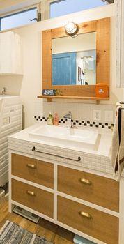 手作りの洗面台.png