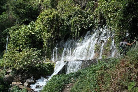 Los Chorros de la Calera, Juayua, El Salvador: One of the falls on the way to the big ones