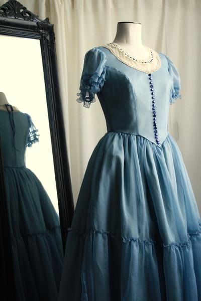 Robe Alice au Pays des Merveilles Alice dress
