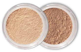 Mineral makeup without allergic-reaction/breakout-inducing bismuth oxychloride, and only 4 ingredients: Titanium Dioxide, Iron Oxides, Mica and Zinc Oxide
