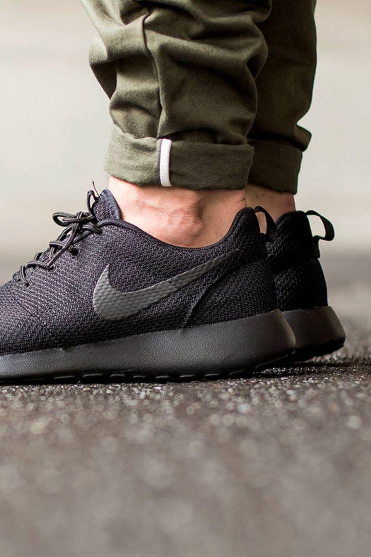 Nike Roshe One Men Black
