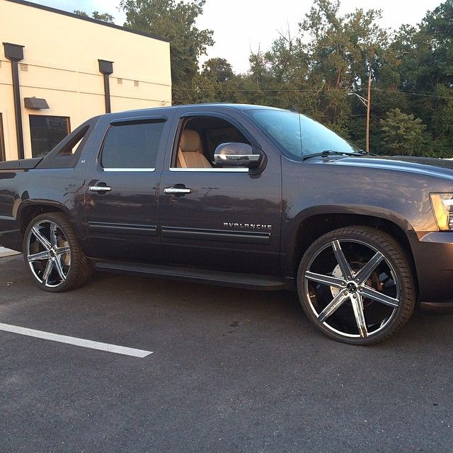 Chevy Avalanche 2016 >> Pin by House of Dubs on House of Dubs Customized Rides   Chevy avalanche, Chevy, Chevy trucks