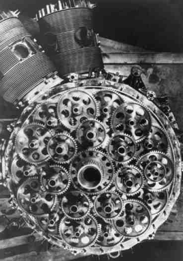 """Bristol Hercules radial airplane engine. Sleeve valve engine design. Like a swiss watch.  Smooth and powerful, but make you wonder if you took one hit the gear box if it would shut the entire engine down. Most other radial designs had 1 or 2 cam """"rings"""" with lobes to operate pushrods for the overhead valve Hemi combustion chamber layout"""
