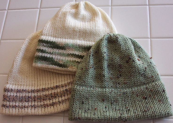 TOM MACHINE KNITTING GUY: Quick Hat For Holiday Gift - No Seams!
