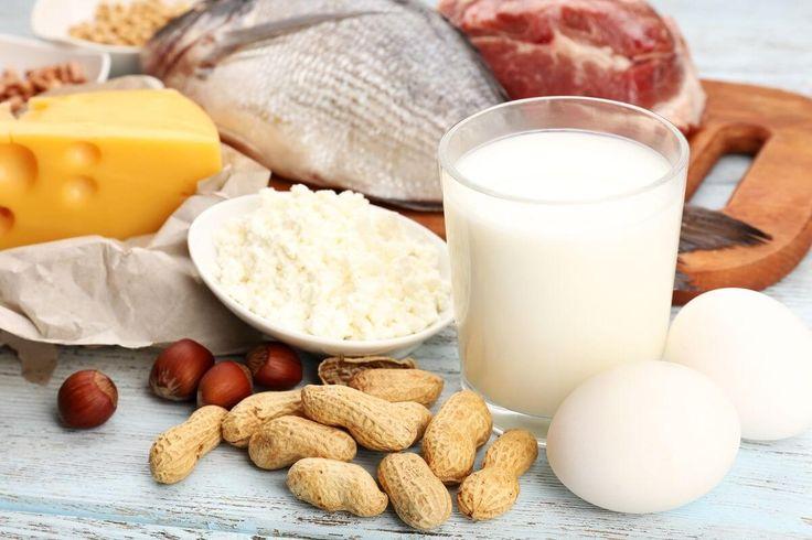 Warum jeder Körper Eiweiß braucht - Eiweiß braucht jeder Mensch! Welche Funktionen es konkret übernimmt und welche Nahrungsmittel die besten Quellen für das Protein sind, erfährst du hier.  #Aminosäure, #Eiweiß, #Protein