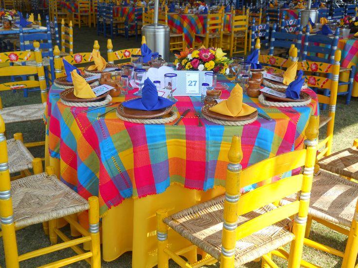 Una Gran Diferencia , un montaje de comedor tradicional mexicano