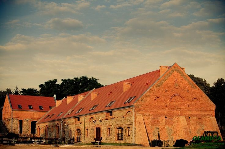old barn in amazing farm - now it's hotel with 38 rooms - Kamiennik