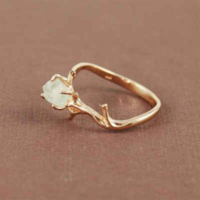 This ring with natural green amethyst stone.// Love this.. Link has over 60 alternative engagement rings. Beautiful