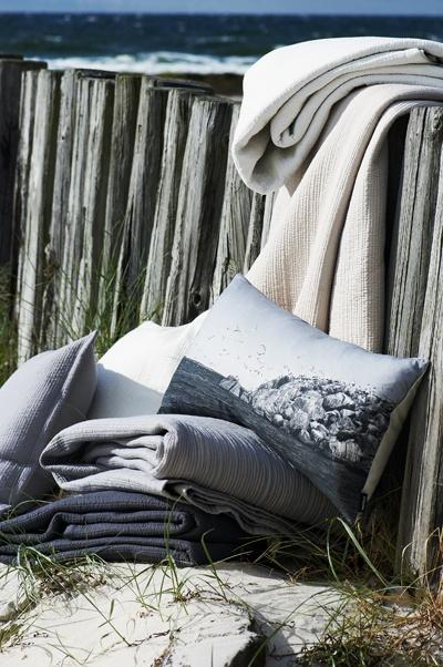 Vila bedspread