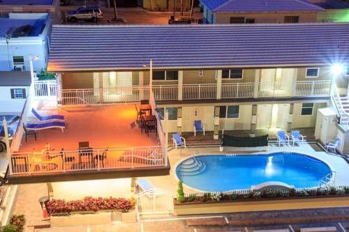 Caribbean Suites Grandby Motel - Situé à Hollywood, en Floride, le Granby Motel…