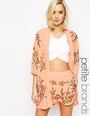 Vero Moda Petite – Kimono mit verziertem Blattmotiv