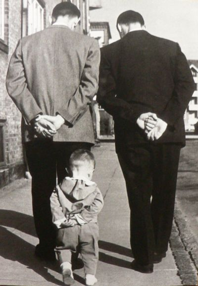 Robert Doisneau. Like father, like son.                                                                                                                                                                                 More