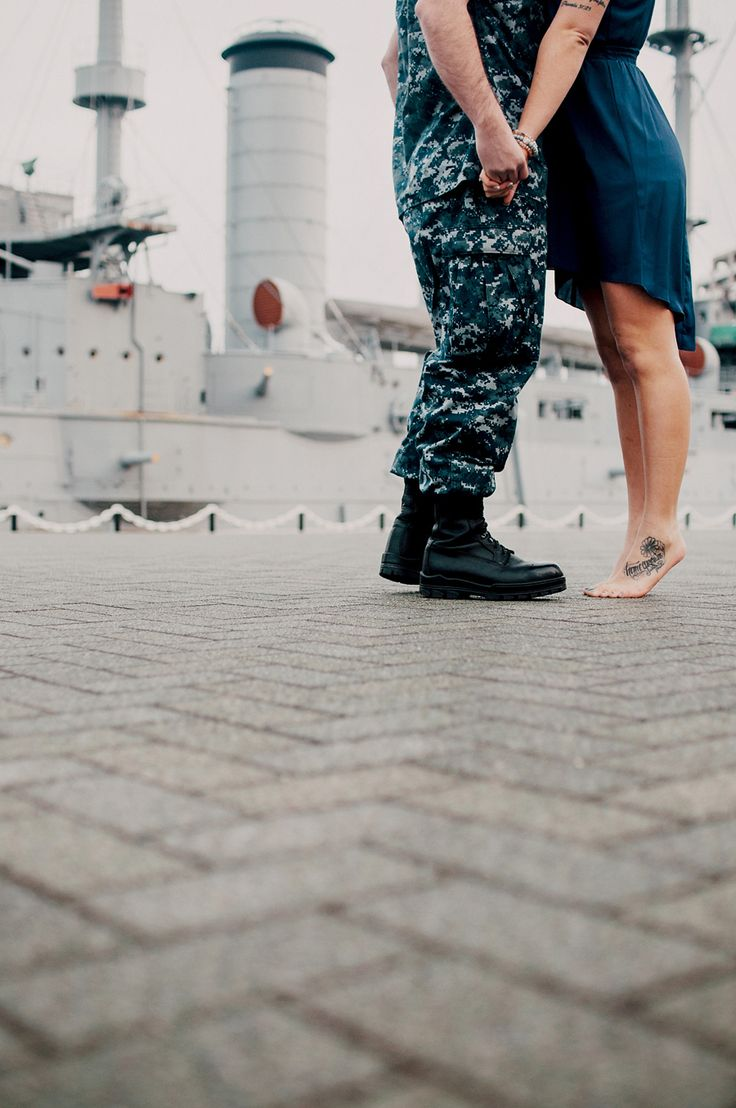 Navy Engagement Photos by Oeil : Yokosuka, Japan | Yokosuka Photographer | MIlitary Wedding