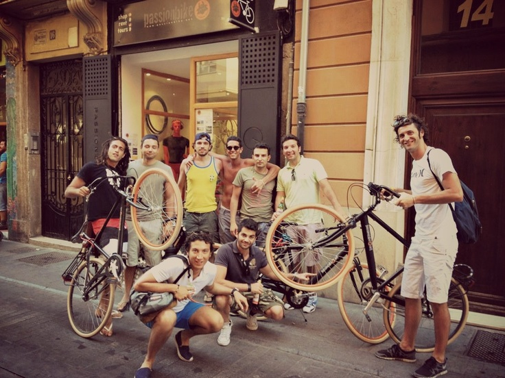 PassionBike`s firends in tour around Valencia