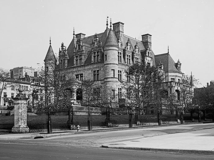 17 best images about nyc gilded age homes on pinterest for Old new york mansions