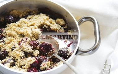 CRUMBLE ALLE CILIEGIE 1 prepared for Miscela Integrale per Torte e Biscotti (our whole Mix for cakes and biscuits, 130 g of butter, 1,3 Kg of cherries. Cherry Crumble. #dessert #crumble #cherry #ilovesanmartino